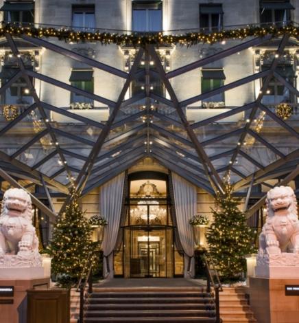 Le Peninsula Paris dévoile son Marché de Noël