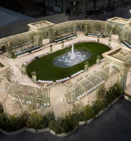 La maison Chanel implante son jardin de fleurs au cœur des Tuileries, du 31 mai au 3 juin 2018.
