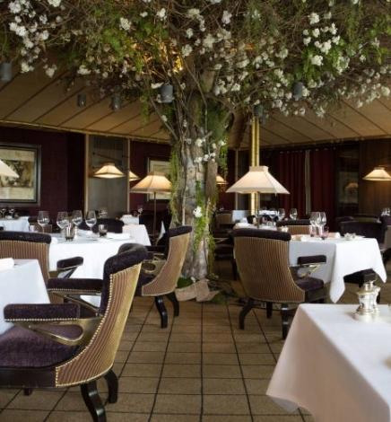 Un nouveau voyage gastronomique à La Réserve Genève